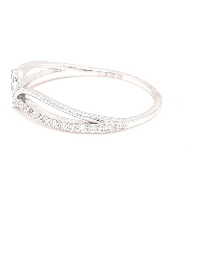 Diamond (0.22ctw) crown ring 14k white gold