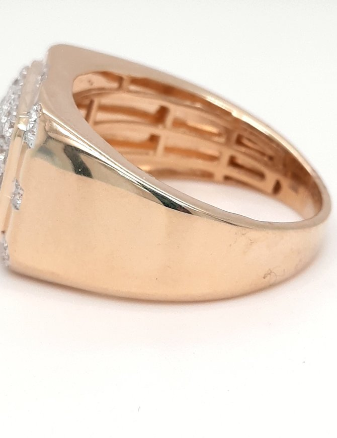 Diamond (0.78ctw) men's ring 14k yellow gold