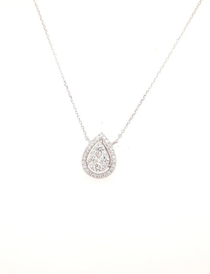 Diamond (0.54ctw) pear cluster pendnat 14k white gold