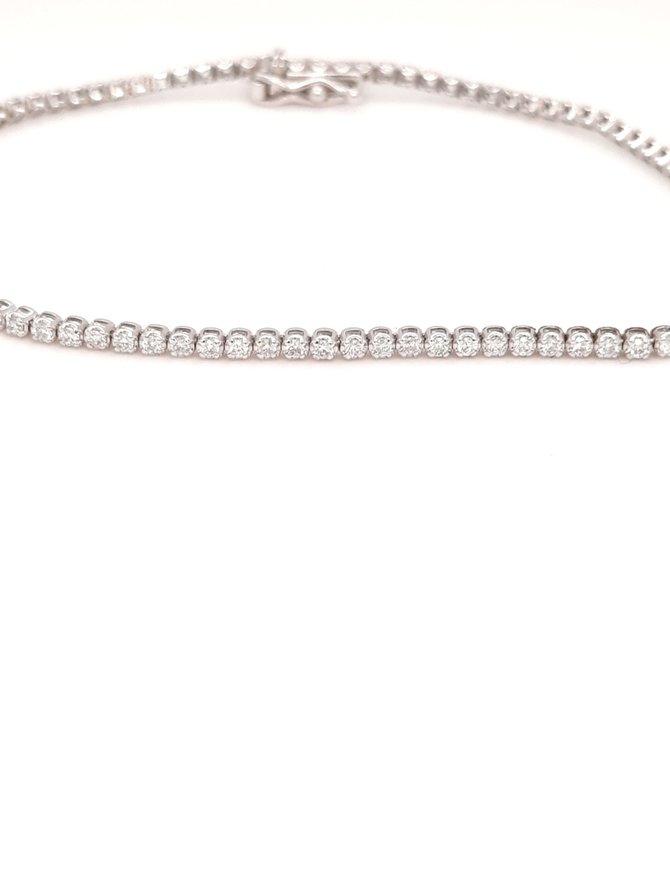 Diamond (0.83ctw) tennis bracelet 14k white gold