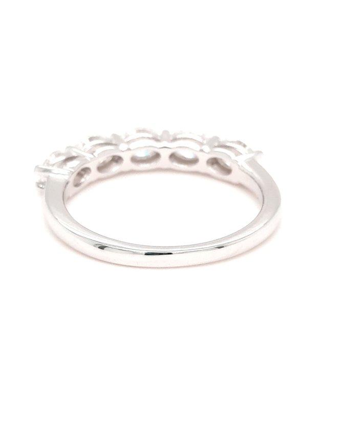 Diamond (0.93 ctw) oval 5 stone band, 14k white gold