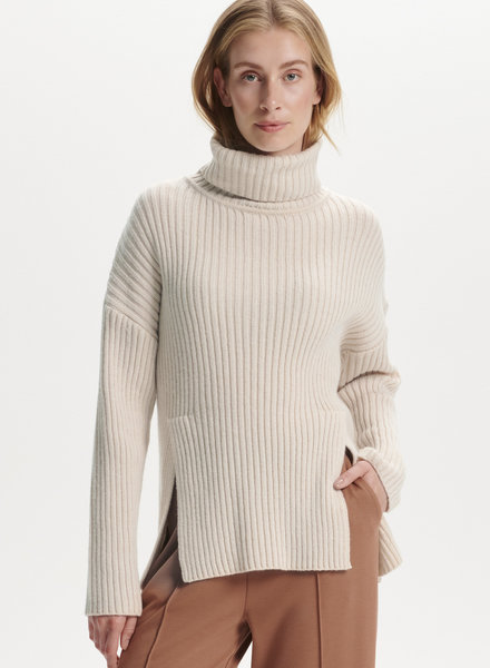 Millicent High Neck Pullover