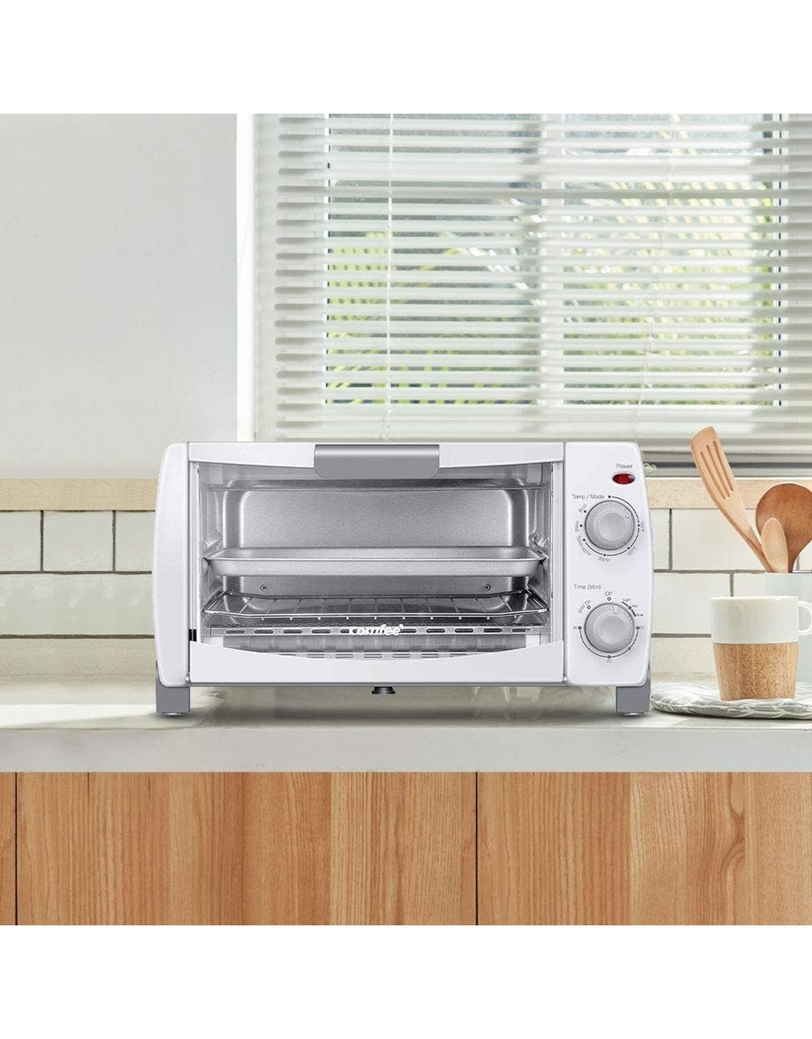 COMFEE' COMFEE' Toaster Oven Countertop, 4-Slice, Compact Size, Easy to Control with Timer-Bake-Broil-Toast Setting, 1000W, White (CFO-BB102)