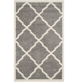"""Safavieh Safavieh Amherst Collection AMT421R Moroccan Trellis Non-Shedding Stain Resistant Living Room Bedroom Accent Rug, 2'6"""" x 4', Dark Grey / Beige"""