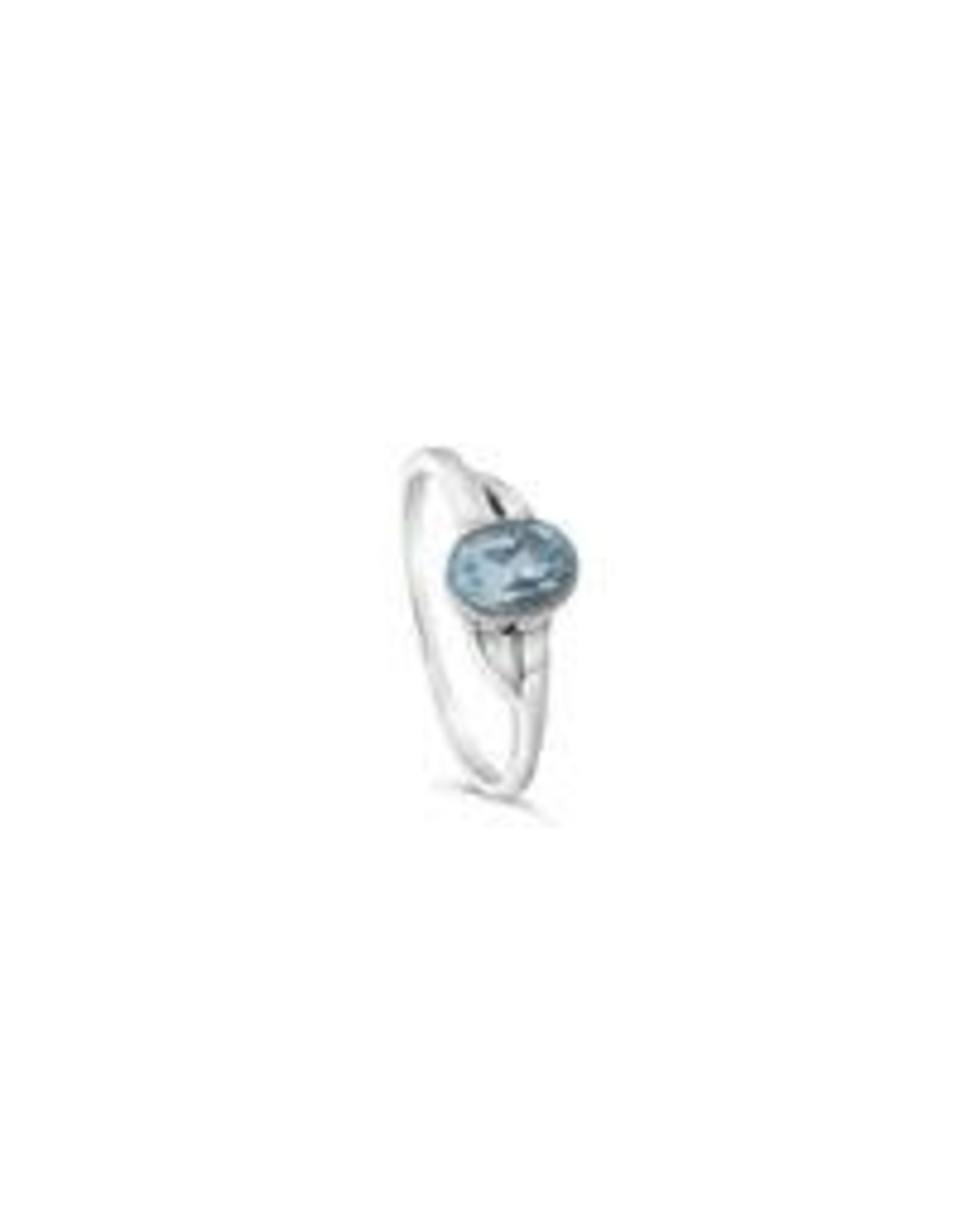 Stones & Silver Blue Topaz Ring 7 x 5mm