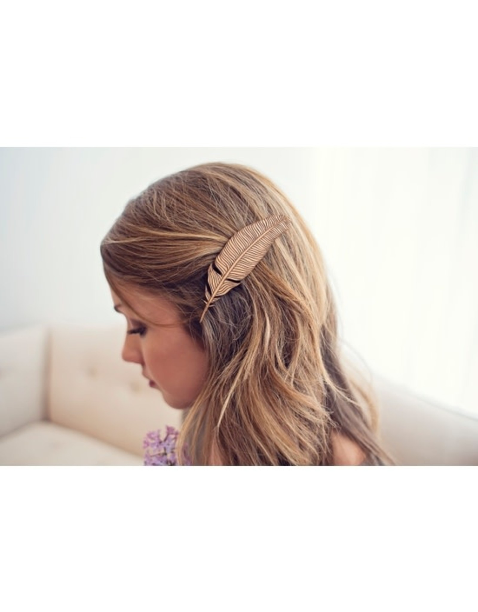 Lucca Natural Feather Wood Hair Clip