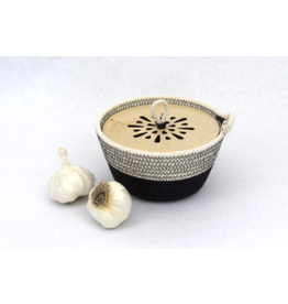 Woven Grey Garlic Bowl with Wooden Lid