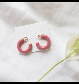 Nat + Noor Lyra Hoops - Pink