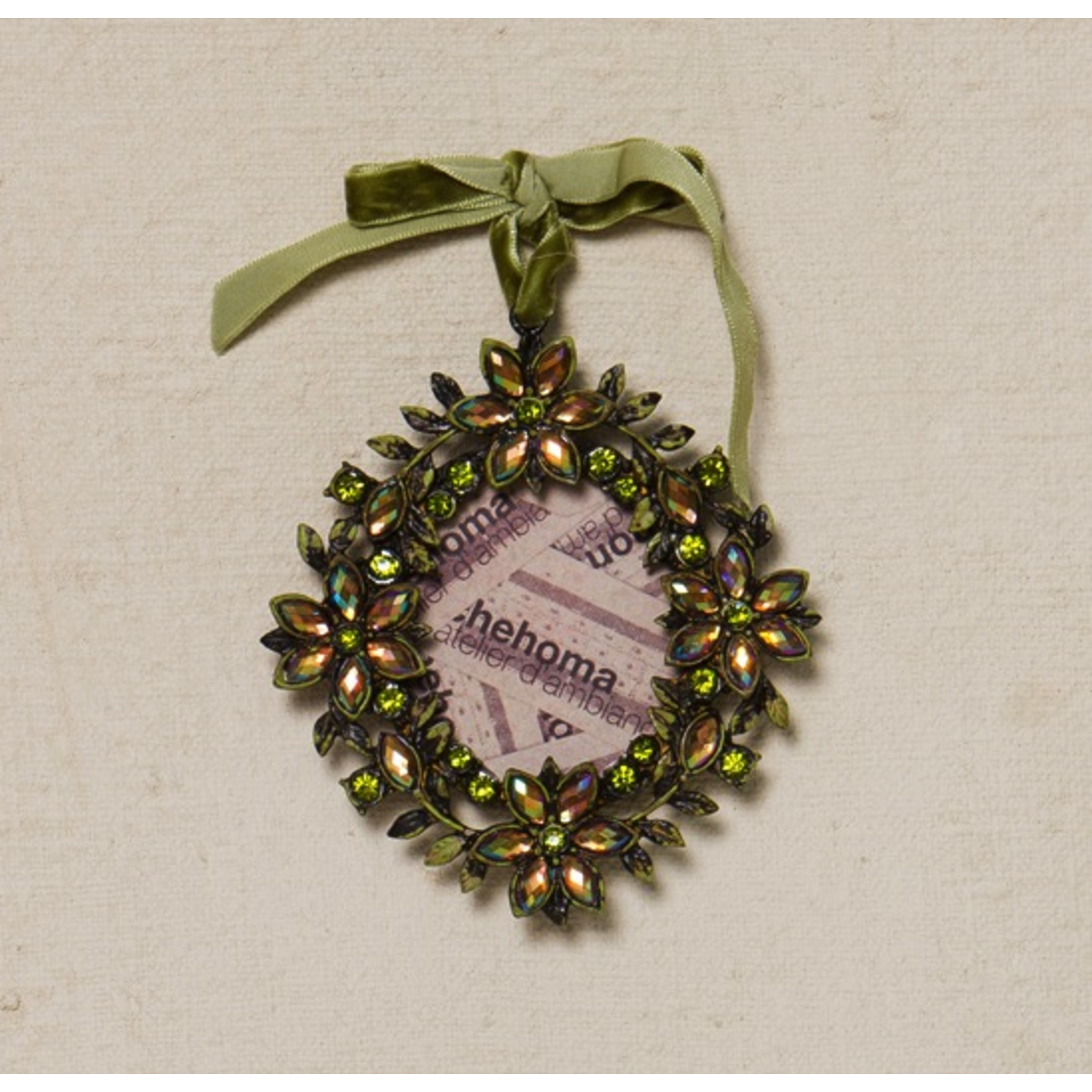 CHEHOMA Hanging pict. Frame w/flowers and stone