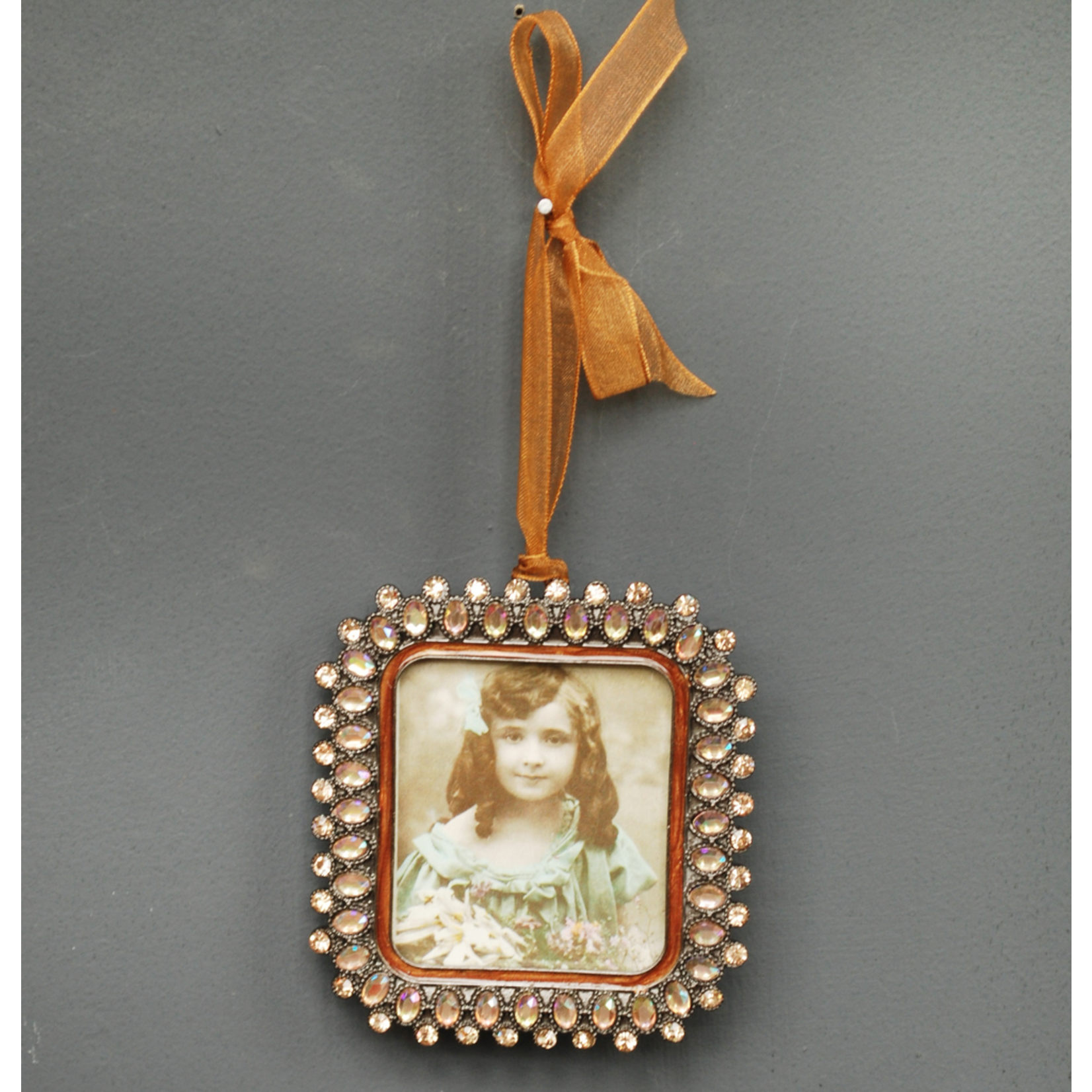 """CHEHOMA Square hanging photo frame """"""""amber"""""""" pearls"""