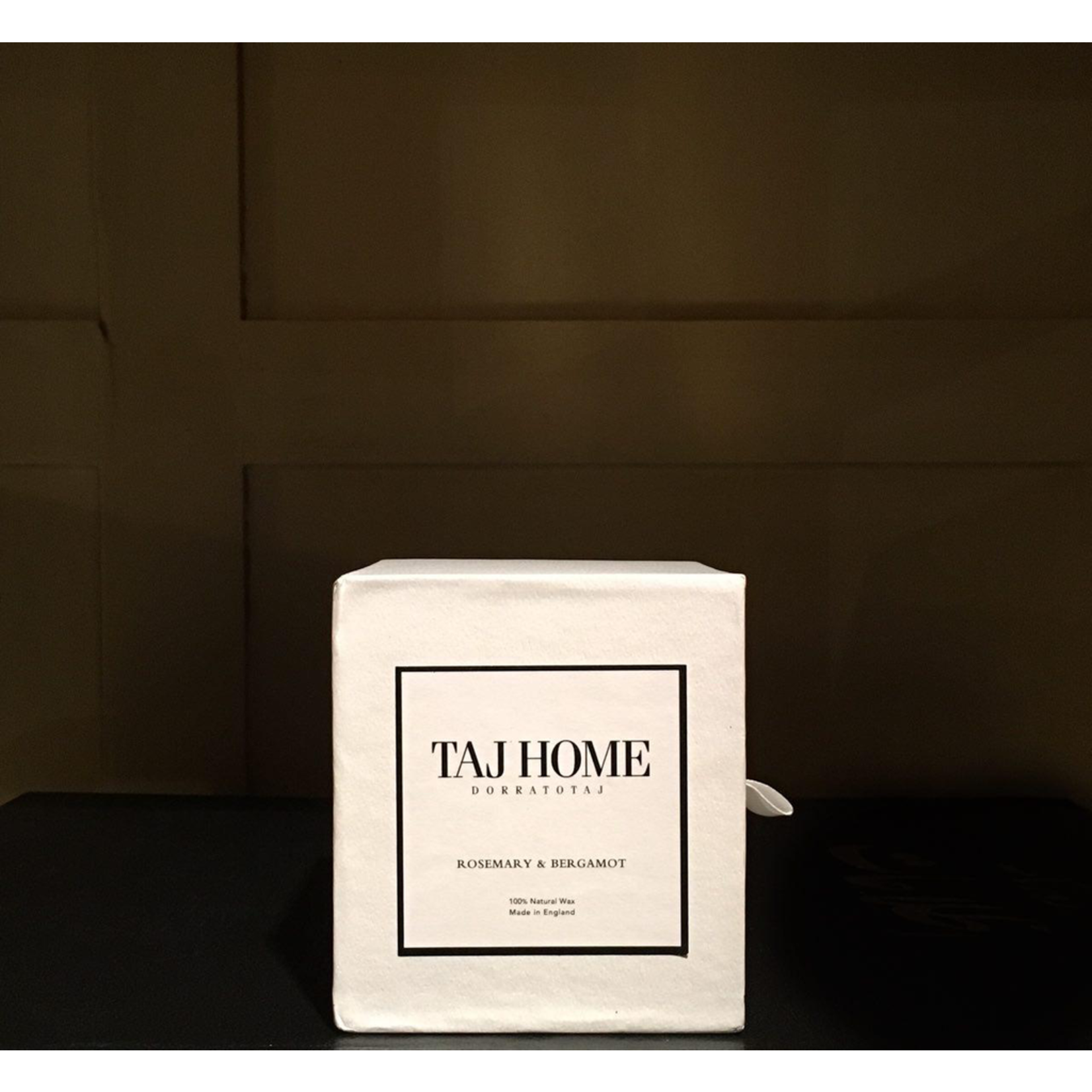 PARKS LONDON TAJHOME 30CL AGARWOOD SPICE CANDLE