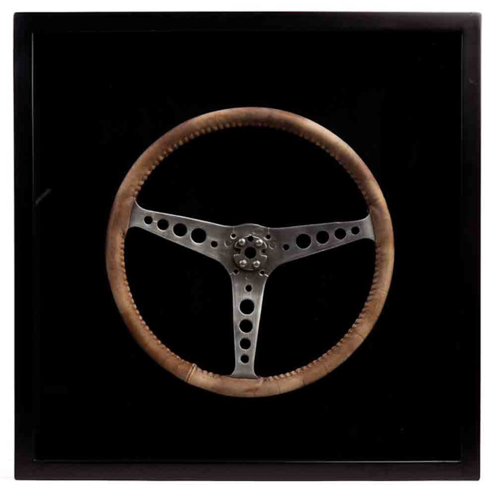 TIMOTHY OULTON STEERING WHEEL SHADOW BOX LEATHER