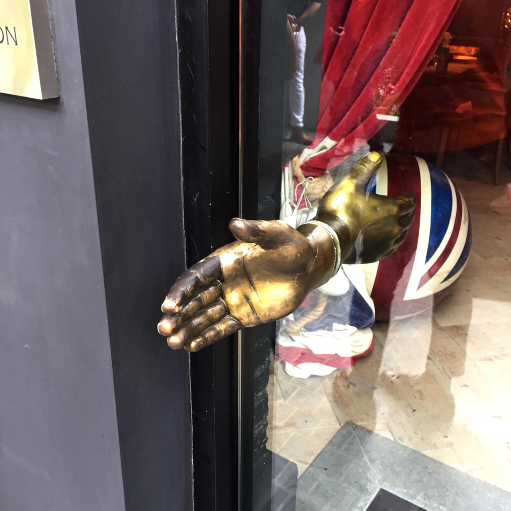 TIMOTHY OULTON TO LEFT HAND DOOR HANDLE