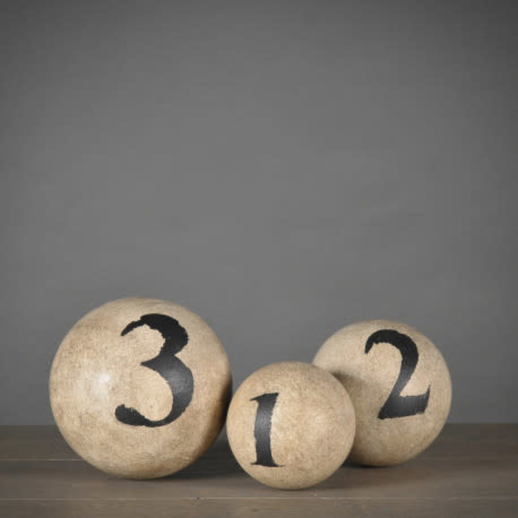 ATELIERS & CSD NUMBERED BALLS