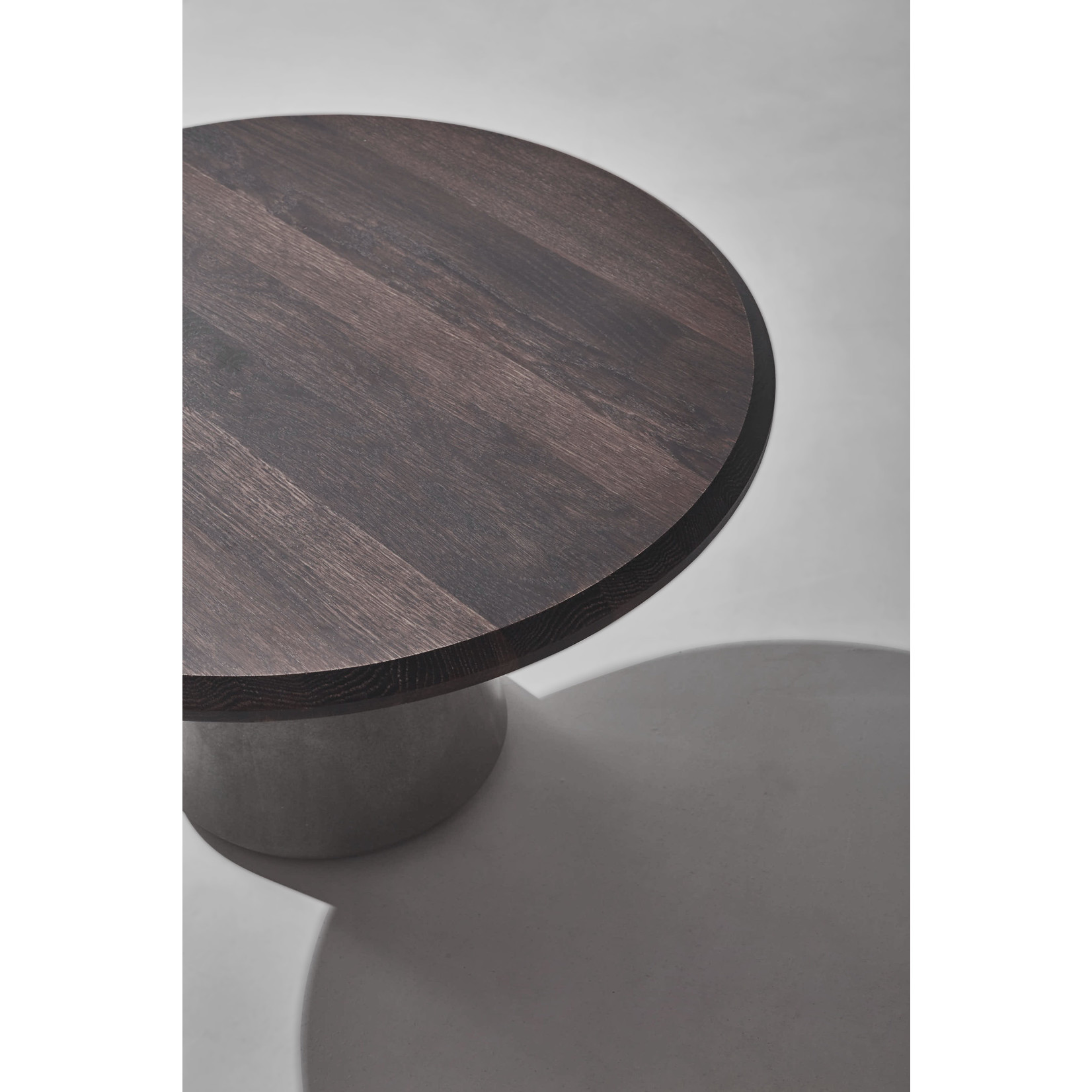 DISTRICT EIGHT EXETER SIDE TABLE XL