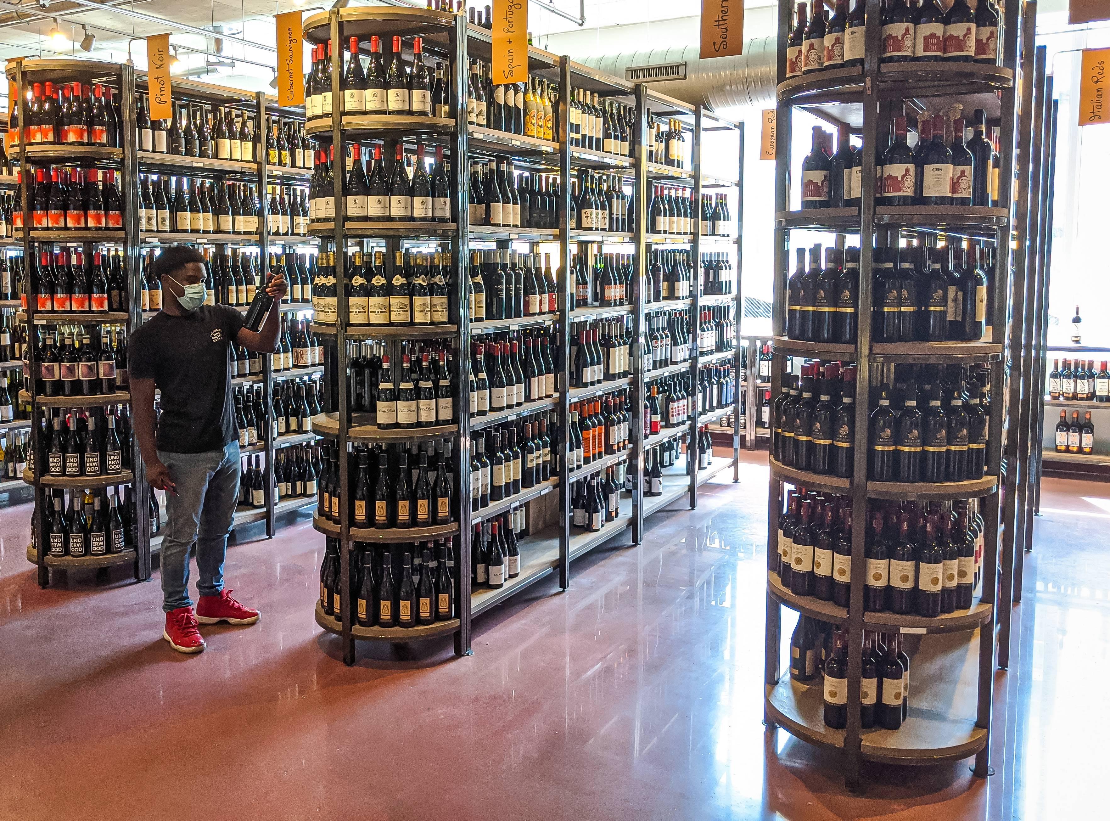 Bin 604 Wine + Spirits