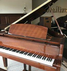 "Yahama Yamaha GH-1 5'0"" Grand Piano (High Polished Walnut) (pre-owned)"