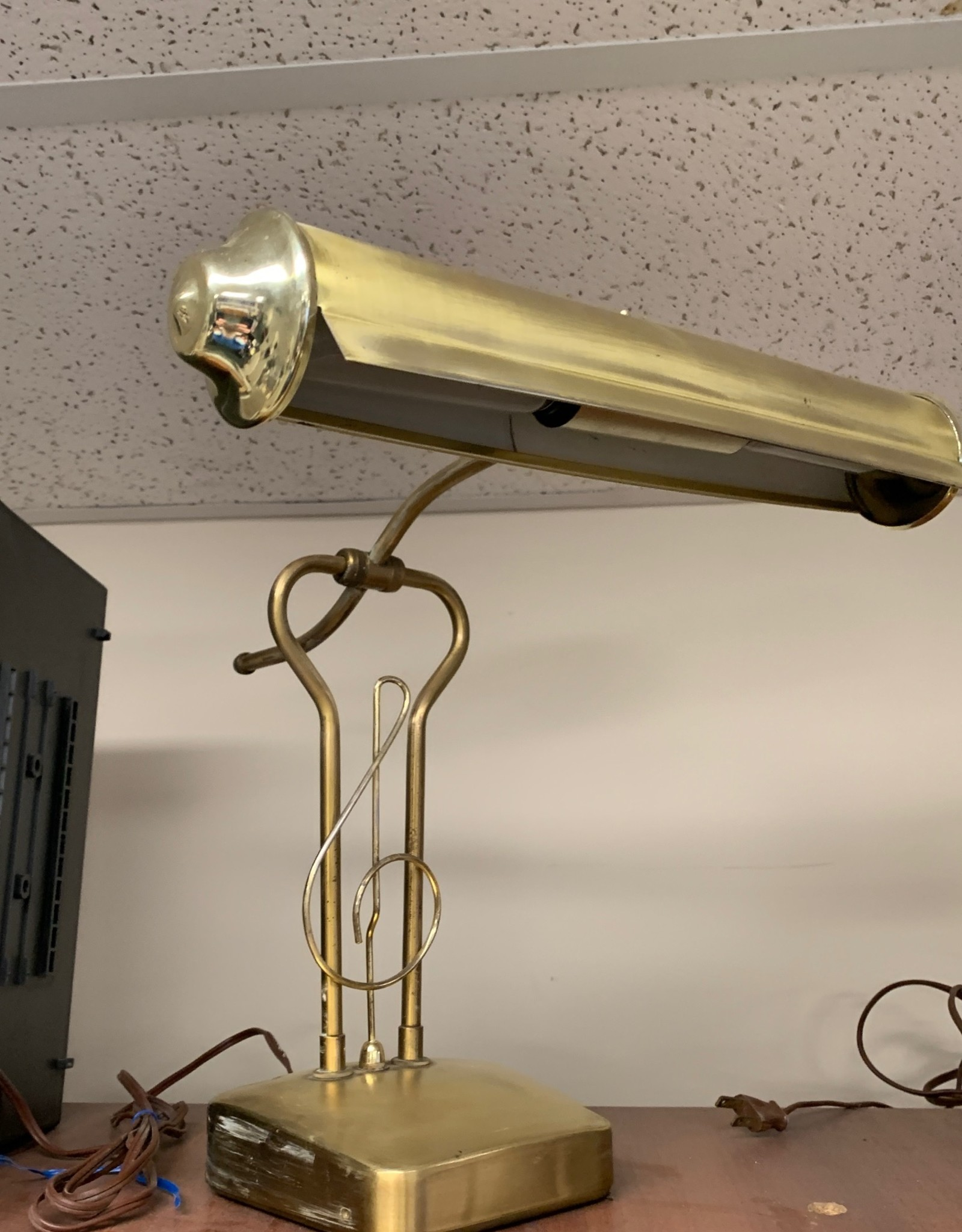 Pre-Owned Piano Lamp (treble clef)