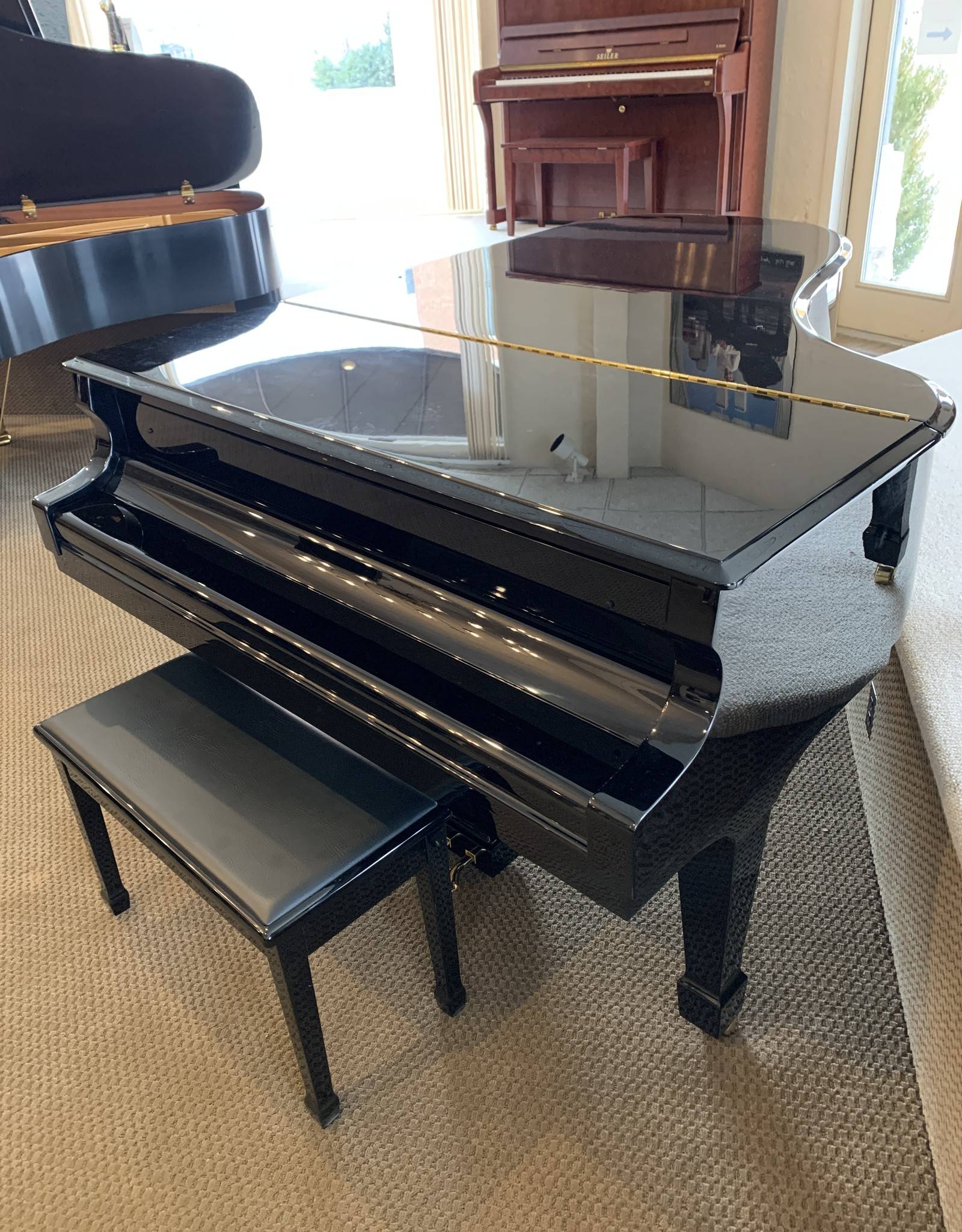 Knabe Wm. Knabe WKG 70 7' Conservatory Artist Grand Piano (High Polish Ebony with High Polish Rosewood Accents and Inner Rim)