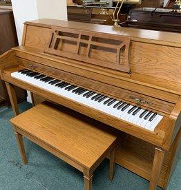 Yamaha Yamaha M302 Console Piano (Pre-Owned)
