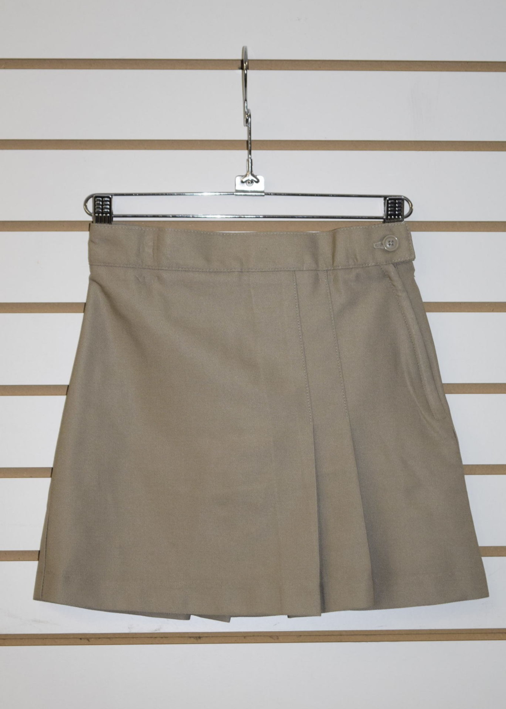 Solid 2 Pleat Skort KN with logo