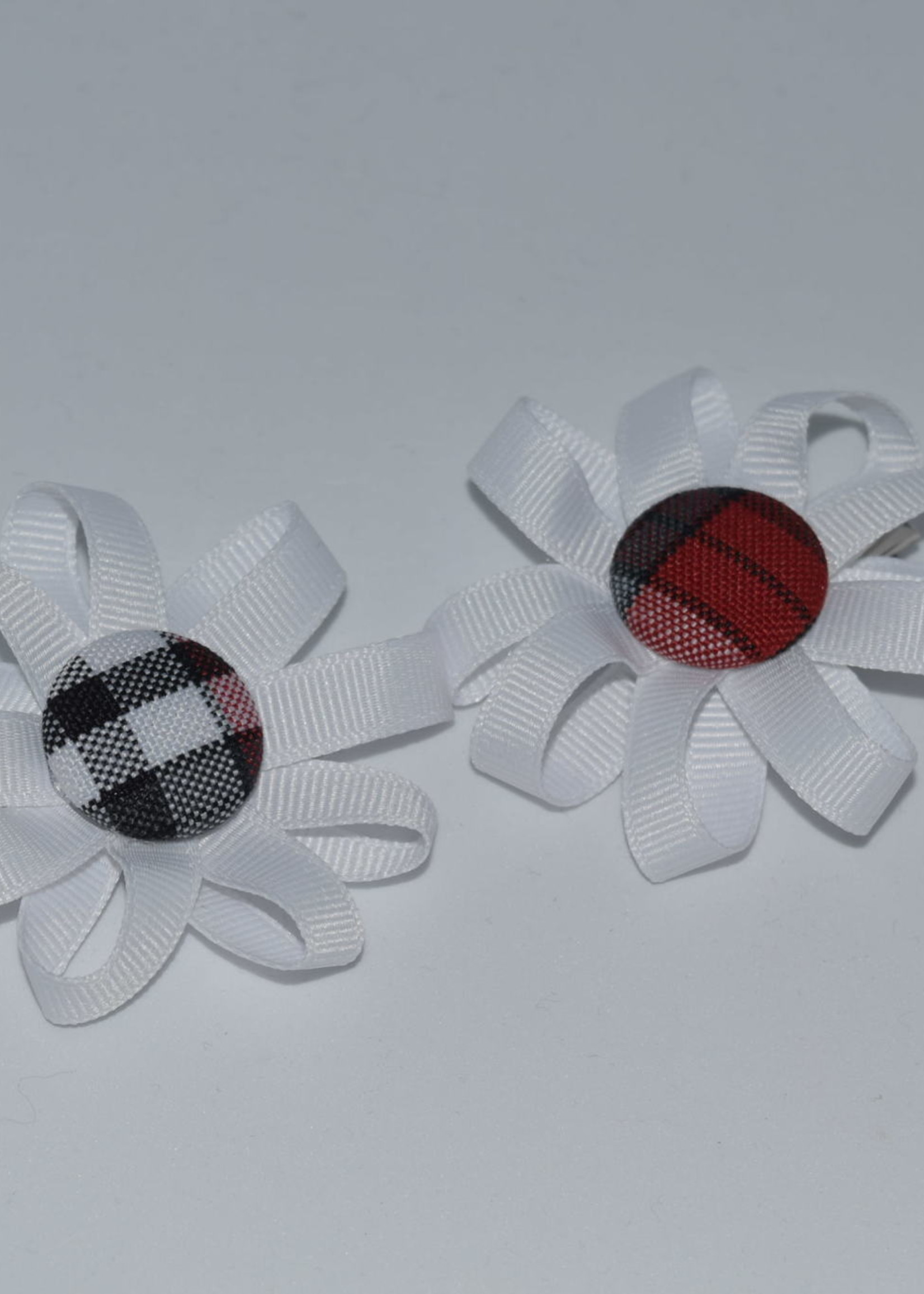 Round Pigtail Ribbon Botton Bows w/plaid center P69 PWT