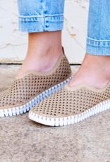 ISLE JACOBSEN Tulip Latte Sneakers