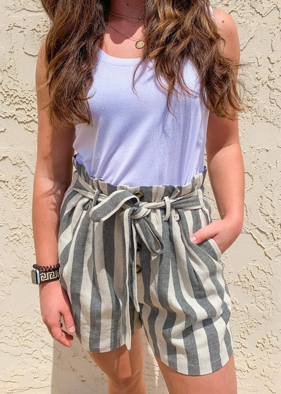 ENMERCI Bloom Linen Shorts