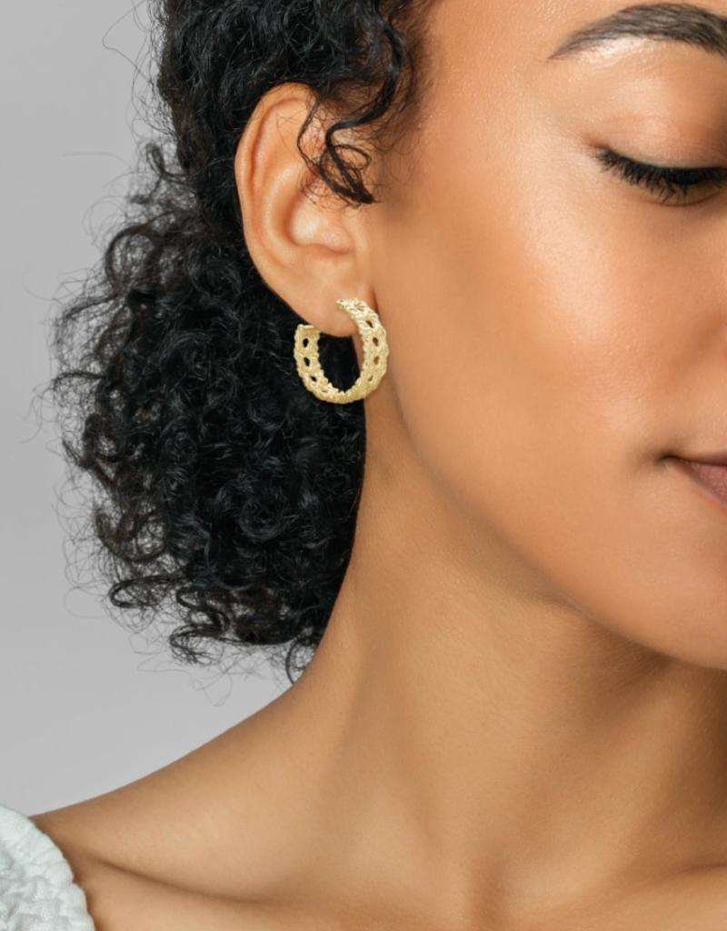 KENDRA SCOTT Natalie Hoop Earrings