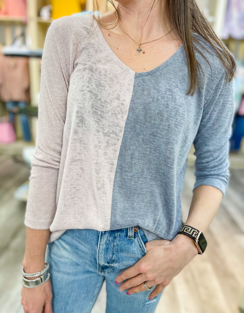 NALLY & MILLIE Vanessa Colorblock Top