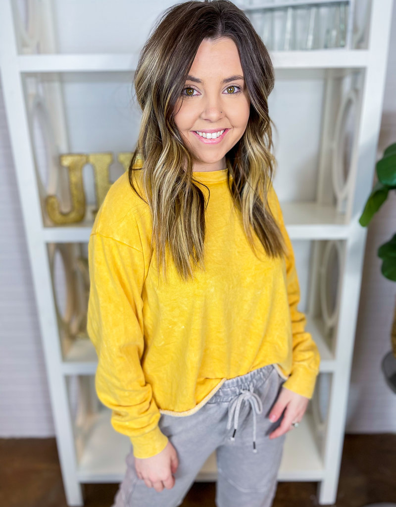 LOVE VINTAGE Kia Cropped Sweatshirt