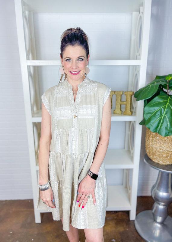 IVY JANE Tonal Aztec Tiered Dress
