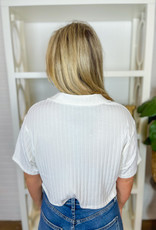 LE LIS Collared & Cropped Boxy Top