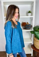 NALLY & MILLIE Isa Brushed V-Neck Sweater