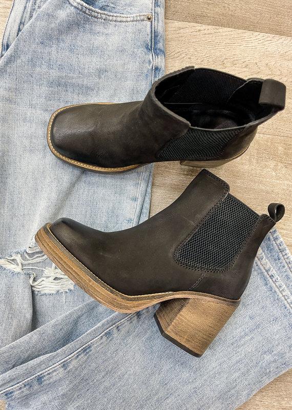 DIBA IMPORTS Sereeta Boots