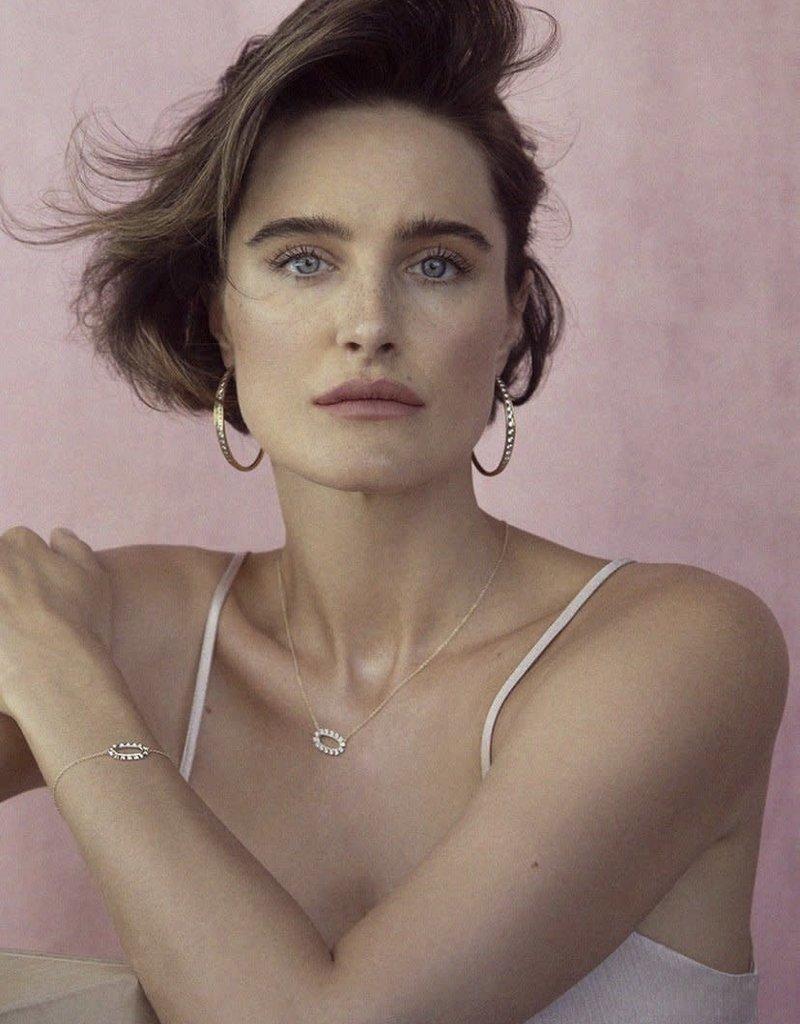 KENDRA SCOTT Elisa Open Frame White Crystal Pendant Necklace