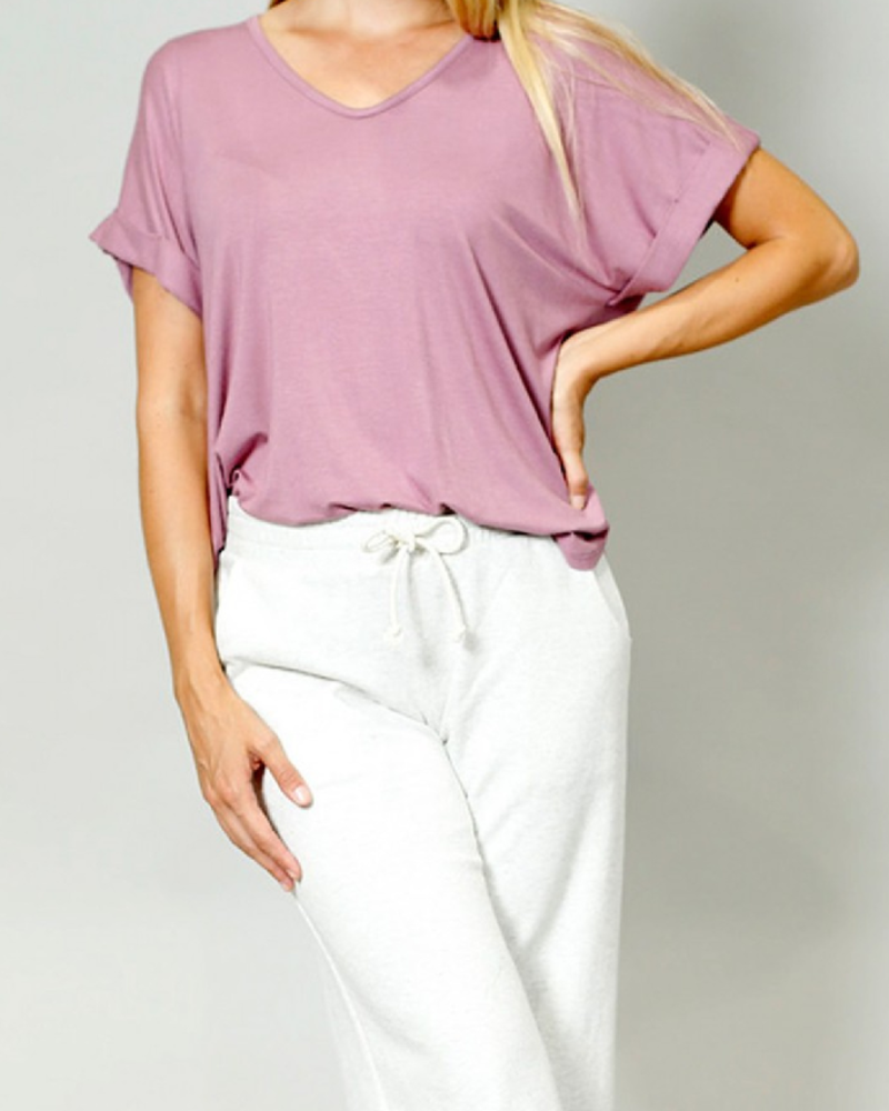 Coin 1804 V-neck, rolled sleeve tee