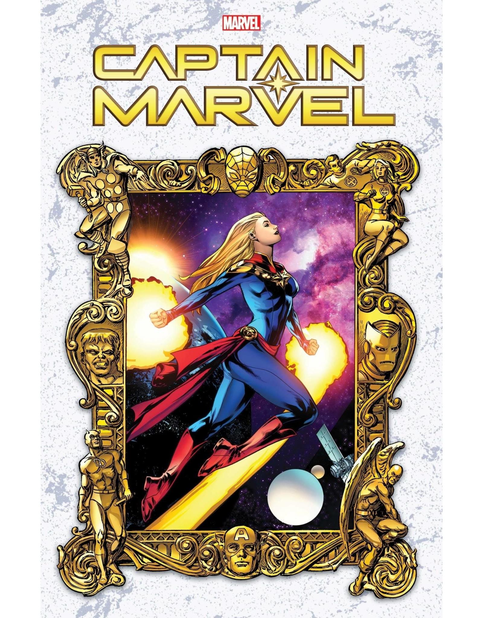 Marvel Comics CAPTAIN MARVEL #26 LUPACCHINO MW VAR