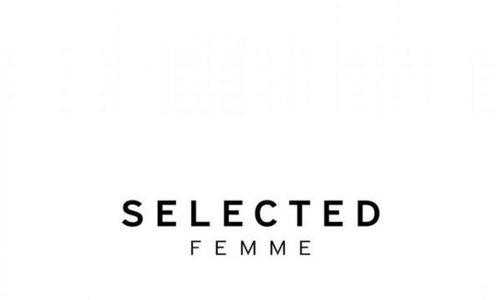 SELECTED FEMMES