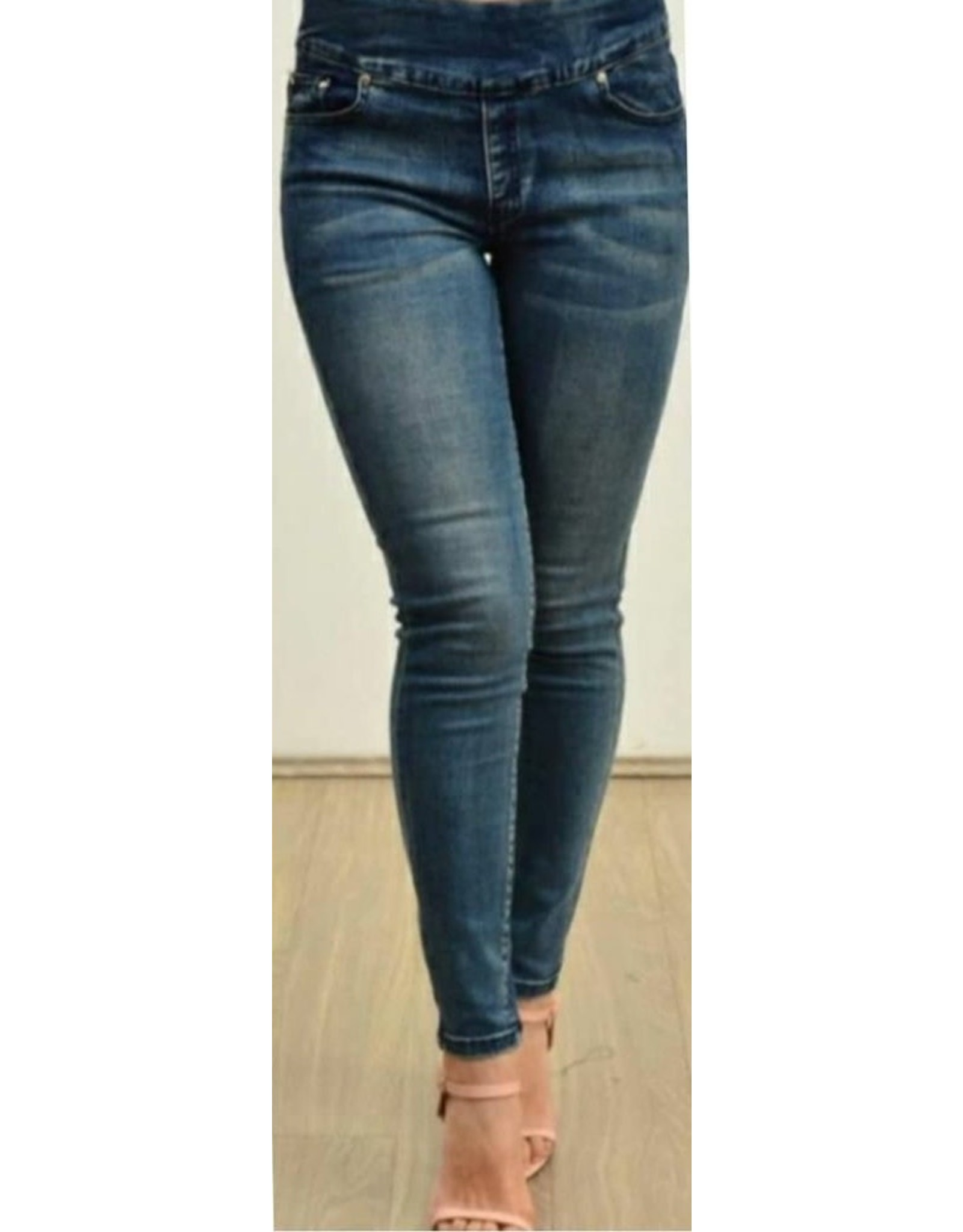 Willow Tree Denim Pull-on Jeans
