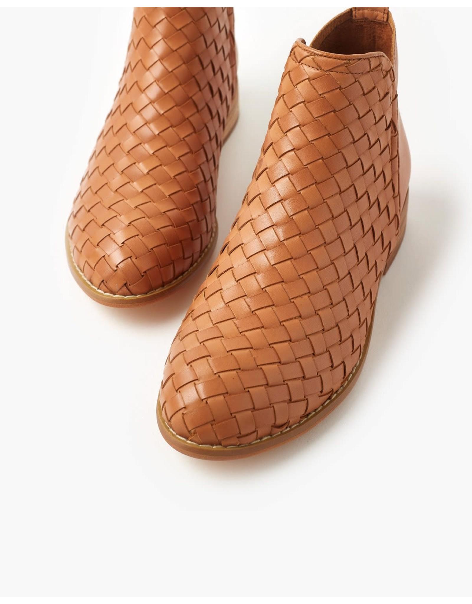 Walnut Melbourne Douglas Weave Leather Boots