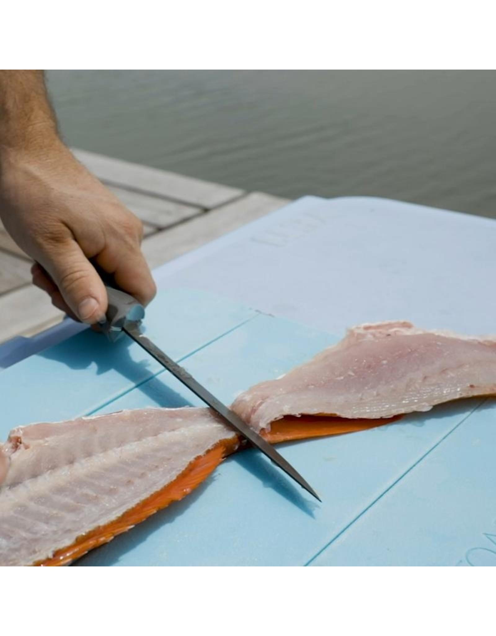 Toadfish Folding Filet Knife w/built in Carabiner