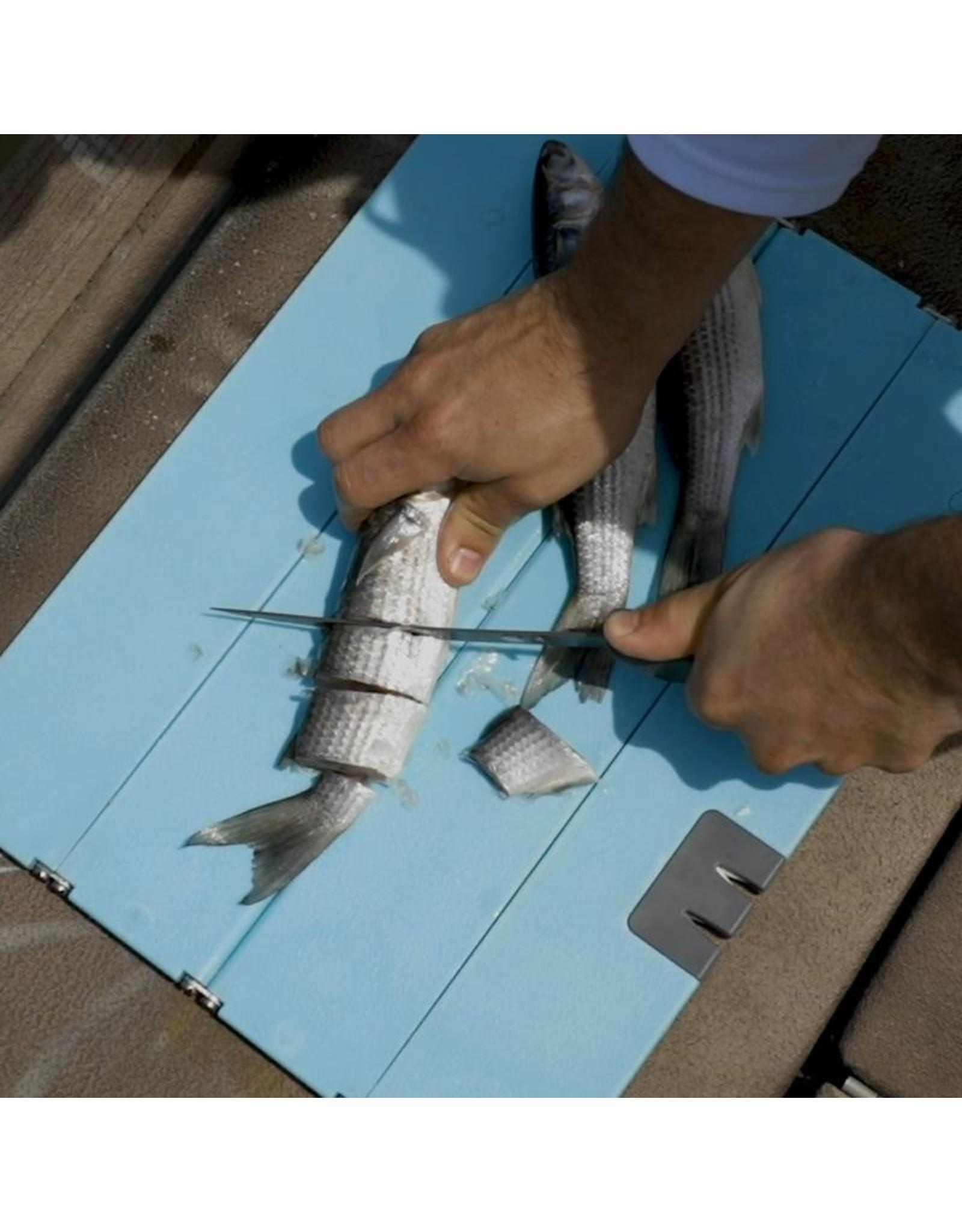 Toadfish Folding Cutting Board w/Built in Knife Sharpener - Teal