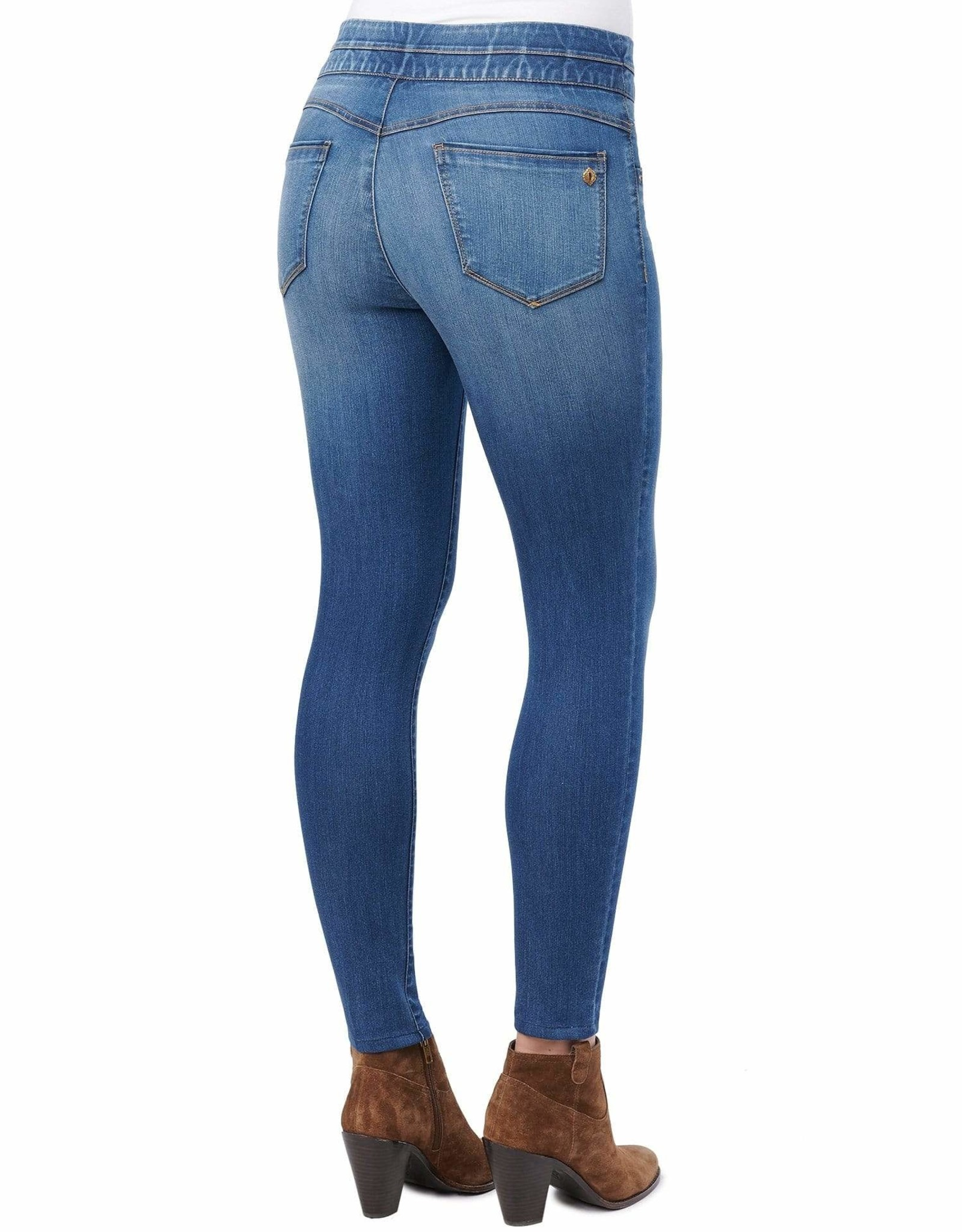 Democracy Medium Wash Pull-On Skinny Ankle Jean