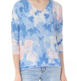 - Blue/Pink Cloud Printed 3/4 Sleeve Top