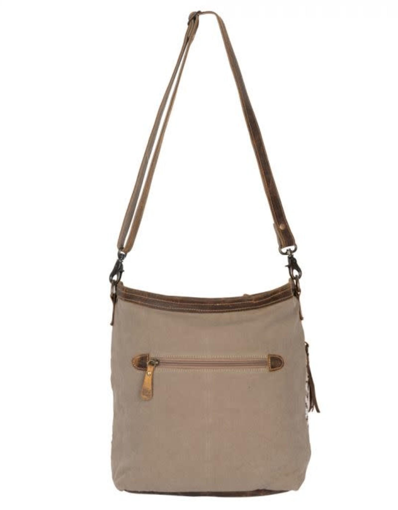 - Blending Taste Shoulder Bag