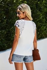 - White Crew Neck Short Sleeve Top w/Animal Print
