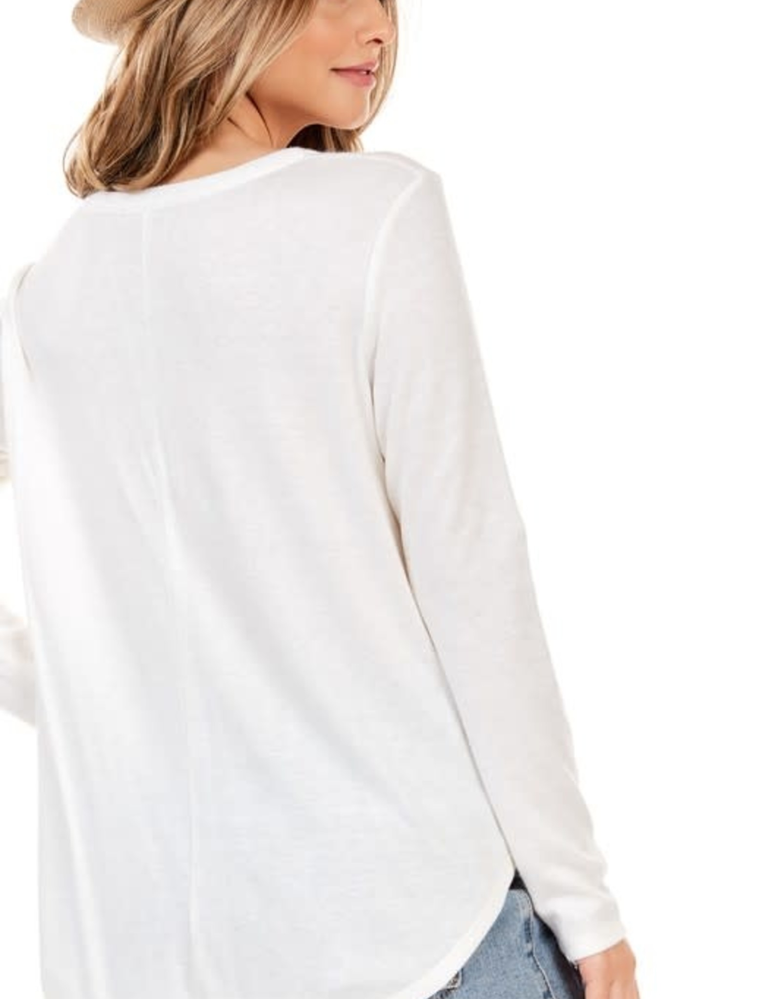 - Off White Cashmere Feel Long Sleeve Top w/Scoop Hem