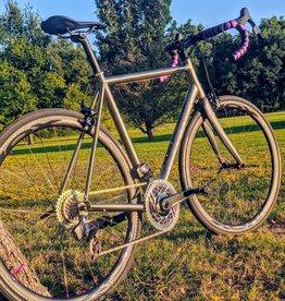 Kona Bicycles Kona Esatto Ti 56cm Dream Build SRAM RED AXS NOX/ONYX