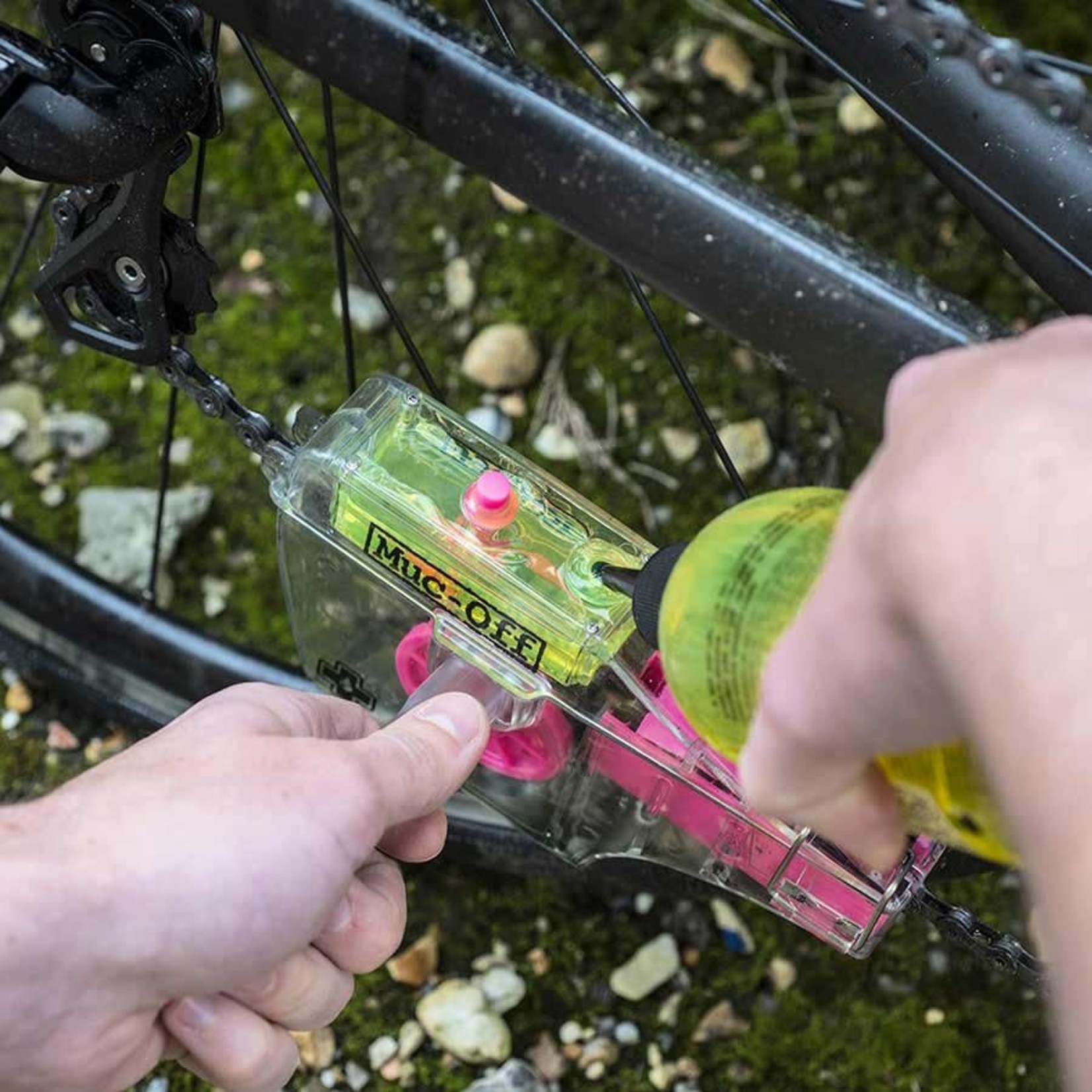 Muc-Off X3 Chain Cleaning